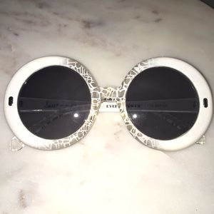 SNOOKI Eyeful Tower Mod Sunglasses